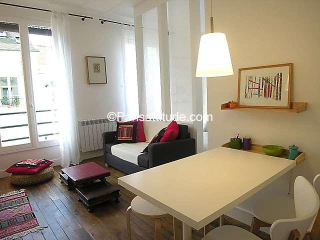 Louer Appartement meublé Alcove Studio 26m² rue du Mont Cenis, 75018 Paris