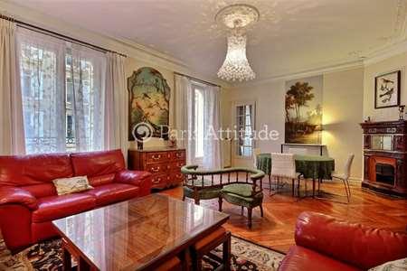 location meubl e proche boulevard haussmann paris. Black Bedroom Furniture Sets. Home Design Ideas