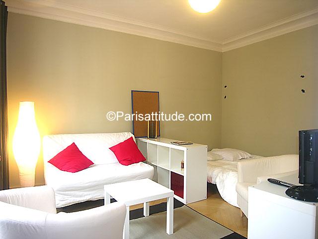 Rent apartment in paris 33 m republique le marais 5363 for Alcove studio