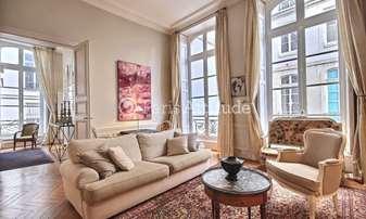 Rent Apartment 1 Bedroom 90m² rue Saint Andre des Arts, 6 Paris