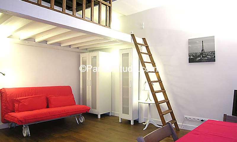 Rent Apartment Studio 21m² rue Saint Martin, 3 Paris