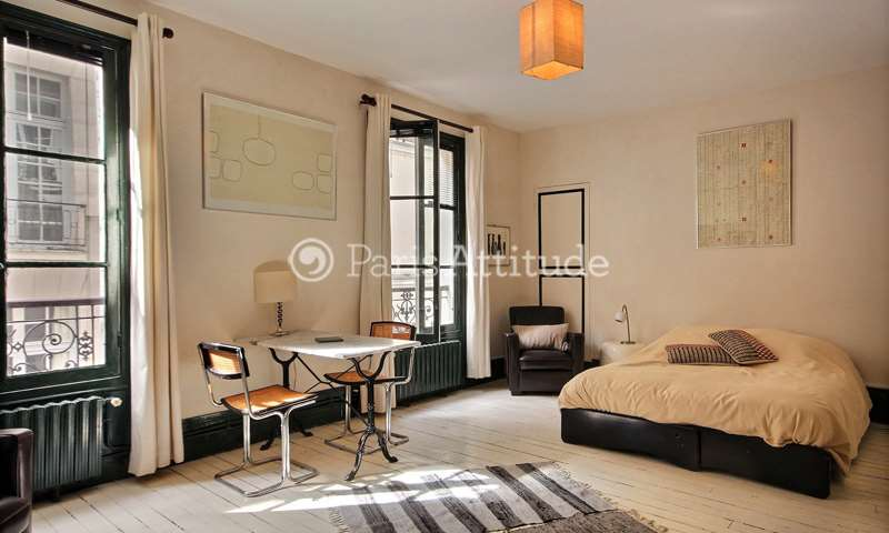 Rent Apartment Studio 30m² rue Bude, 4 Paris