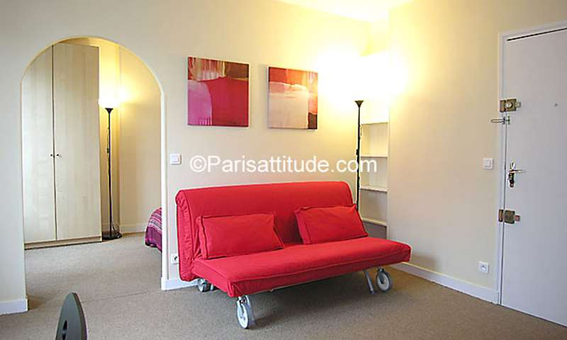 Rent Apartment 1 Bedroom 30m² rue des Cordelieres, 13 Paris