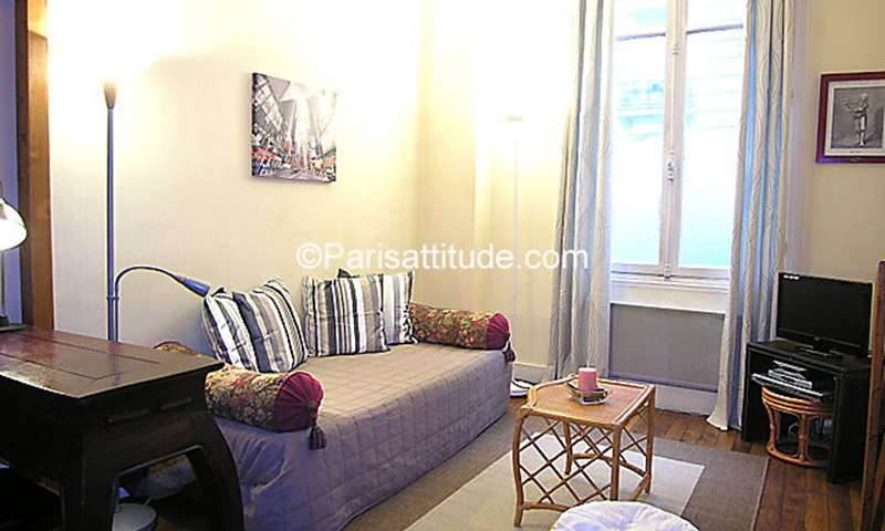 Rent Apartment Studio 35m² rue du Sergent Hoff, 75017 Paris