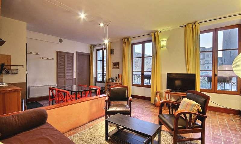 Location Appartement 1 Chambre 38m² rue Andre Del Sarte, 18 Paris