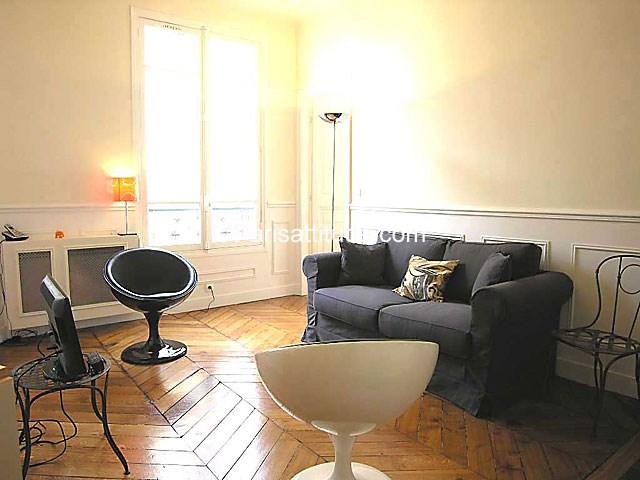 Location Appartement 2 Chambres 47m² rue des Halles, 75001 Paris