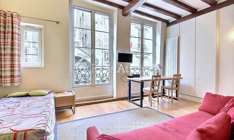 Location Appartement Studio 37m² rue Saint Louis en l Île, 4 Paris