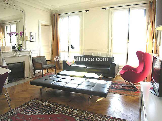 Louer un appartement paris 75018 108m montmartre - Nid rouge lincroyable appartement paris ...