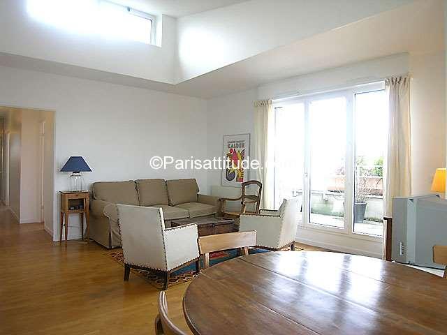 Louer un appartement paris 75019 72m la villette for Appartement atypique 75019