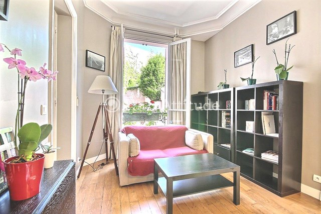 Rent Apartment 1 Bedroom 33m² rue Leo Delibes, 75016 Paris