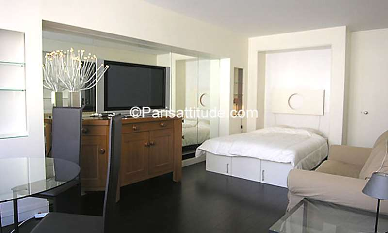 Rent Apartment Studio 31m² rue du Faubourg Saint Honore, 75008 Paris