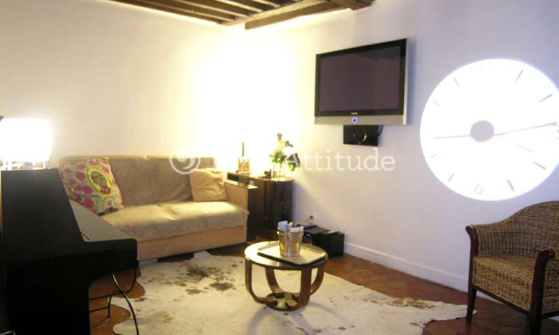 Rent Apartment 2 Bedroom 65m² rue Saint Antoine, 75004 Paris