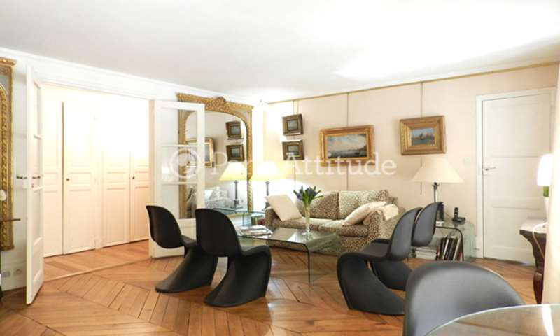 Rent Apartment 1 Bedroom 60m² rue de Montpensier, 75001 Paris