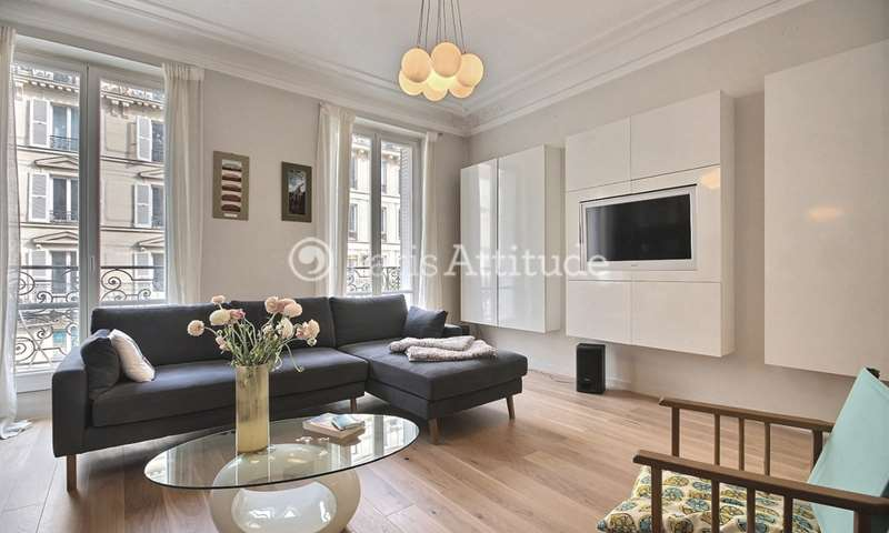 Rent Apartment 2 Bedroom 72m² rue Reaumur, 75002 Paris