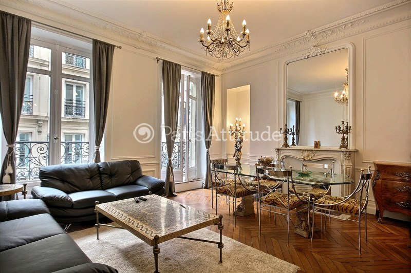 Location Appartement 3 Chambres 114m² rue Roy, 75008 Paris