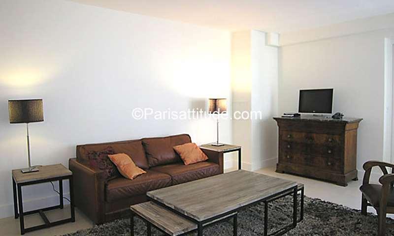 Rent Apartment 1 Bedroom 46m² rue Notre Dame des Victoires, 75002 Paris