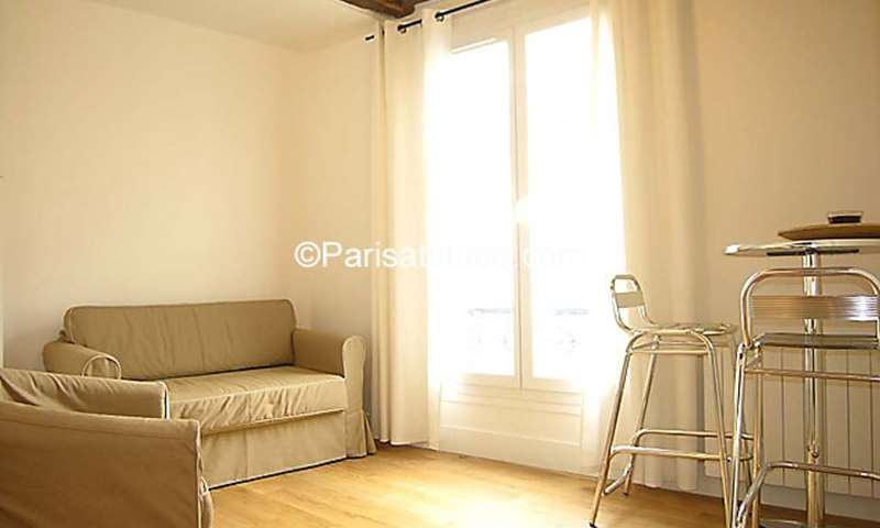 Rent Apartment 1 Bedroom 35m² rue Saint Andre des Arts, 6 Paris