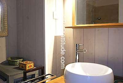 Rent apartment in paris 75016 30m avenue henri martin for Martin craig bathroom design studio