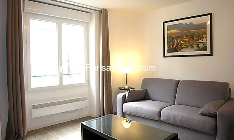 Rent Apartment Studio 19m² rue Poissonniere, 2 Paris