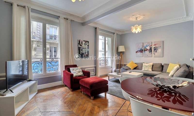Rent Apartment 2 Bedroom 70m² rue Vaneau, 75007 Paris