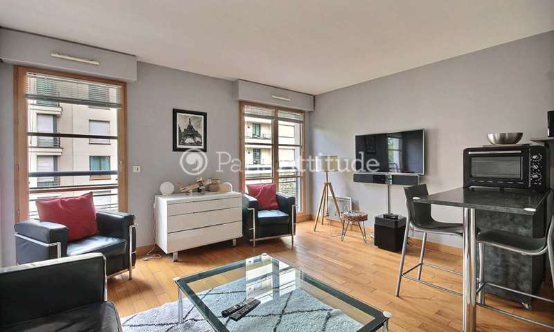 Rent Apartment 1 Bedroom 41m² avenue Rene Boylesve, 16 Paris