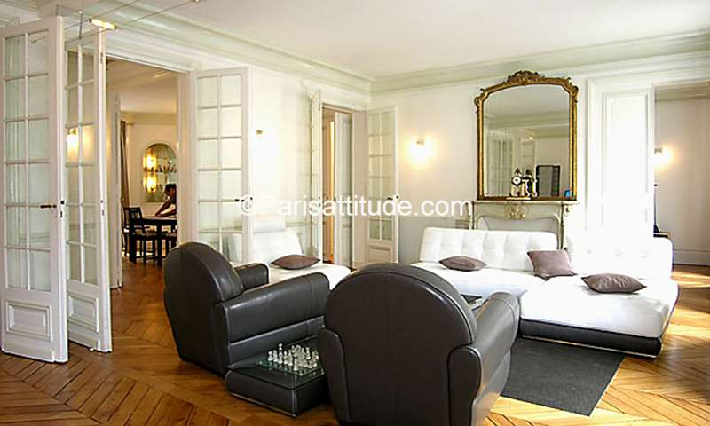 Location Appartement 3 Chambres 125m² rue Denis Poisson, 75017 Paris