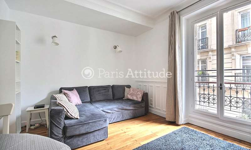 Rent Apartment 1 Bedroom 39m² rue Paul Bert, 75011 Paris