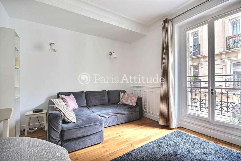 Rent furnished Apartment 1 Bedroom 39m² rue Paul Bert, 75011 Paris