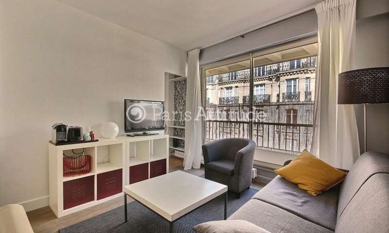 Rent Apartment Studio 30m² rue de Sevres, 75006 Paris