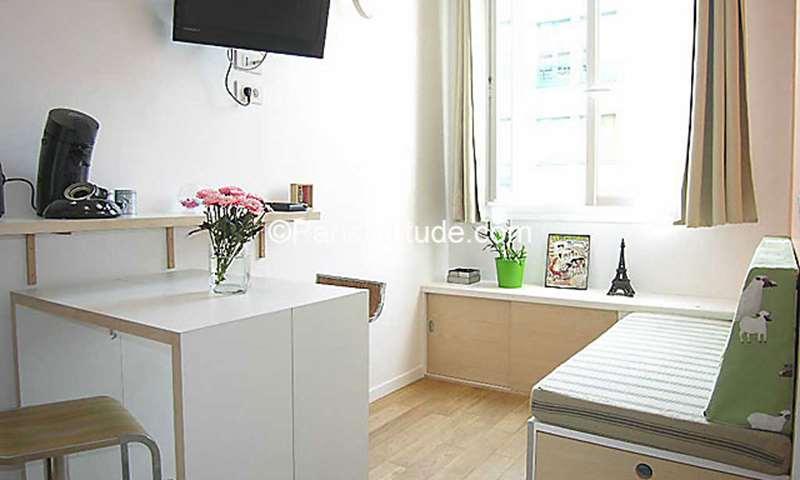 Rent Apartment Studio 16m² rue Charles Friedel, 75020 Paris