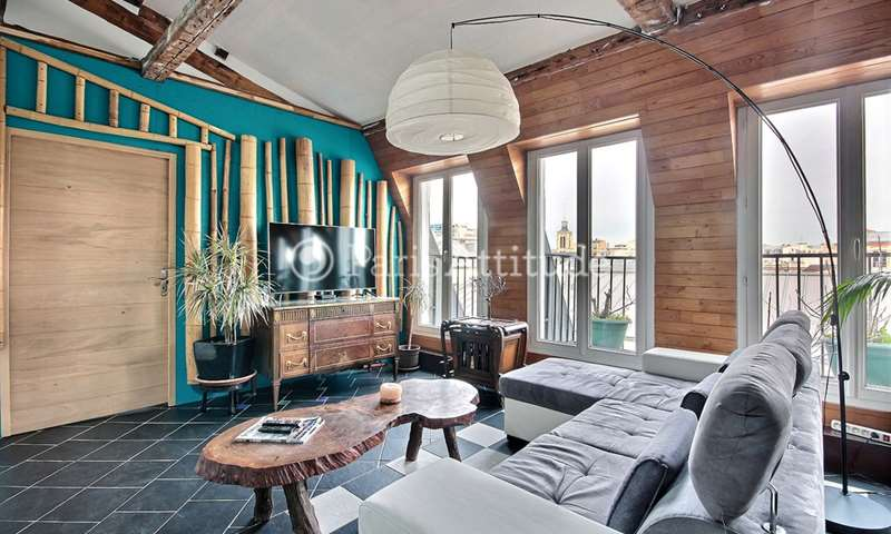 Rent Apartment 2 Bedrooms 95m² rue des Vinaigriers, 75010 Paris