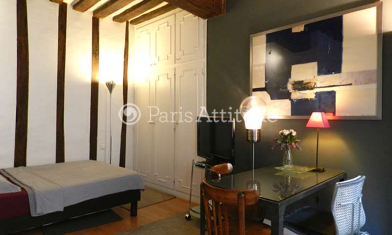 Rent Apartment Studio 18m² rue Paul Lelong, 2 Paris
