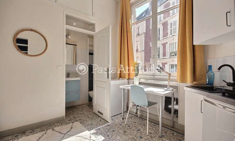 Rent Apartment Studio 15m² rue du Faubourg Saint Honore, 8 Paris