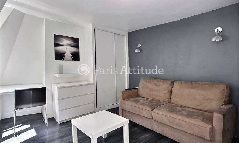 Rent Apartment Studio 22m² passage Cottin, 18 Paris
