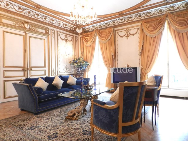 Location Appartement 3 Chambres 161m² avenue Franklin D. Roosevelt, 75008 Paris