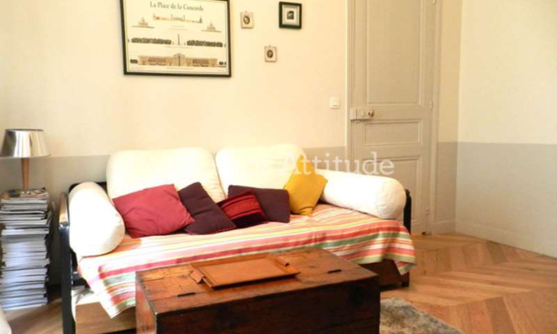 Rent Apartment 1 Bedroom 45m² rue de Moscou, 75008 Paris