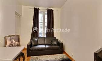 Location Appartement 1 Chambre 42m² rue de Ponthieu, 8 Paris
