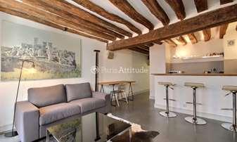 Rent Apartment 1 Bedroom 40m² rue Saint Martin, 3 Paris