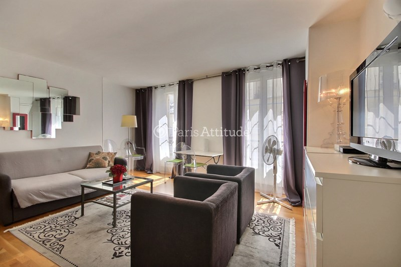 Rent Apartment 1 Bedroom 40m² rue de Grenelle, 75007 Paris