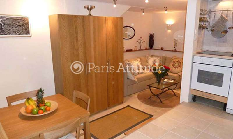 Rent Loft 2 Bedroom 47m² rue de la Lune, 75002 Paris