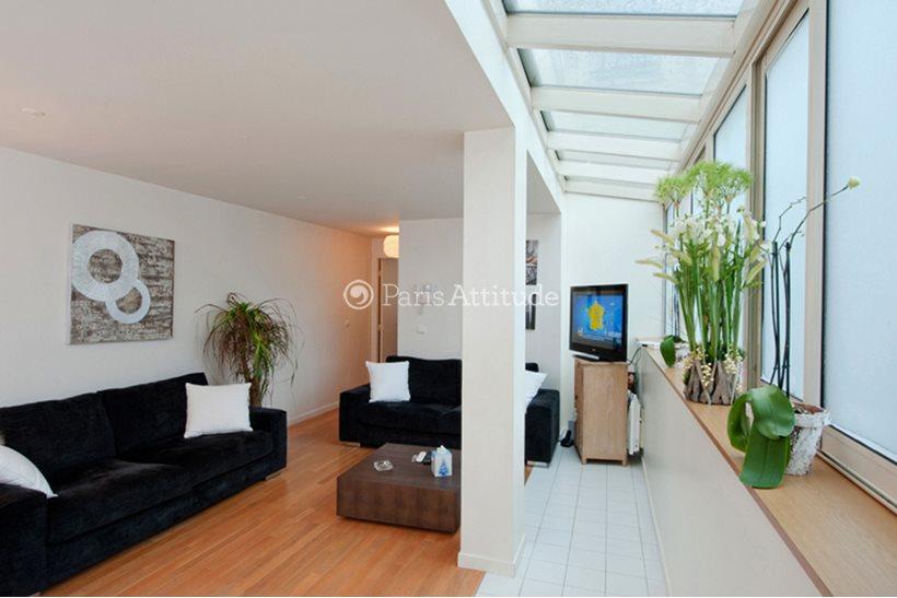 Rent furnished Apartment 2 Bedrooms 70m² rue de Ponthieu, 75008 Paris