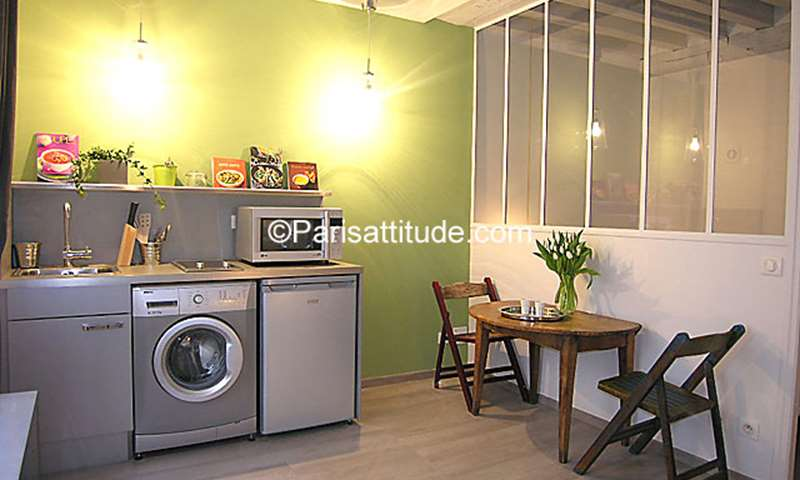 Rent Apartment Alcove Studio 21m² rue du Nil, 2 Paris