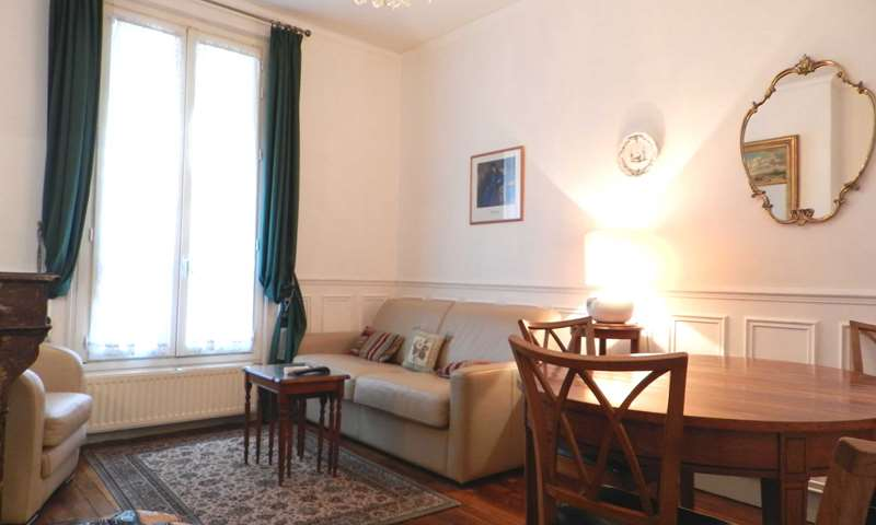 Rent Apartment 1 Bedroom 40m² rue de la Main D Or, 75011 Paris