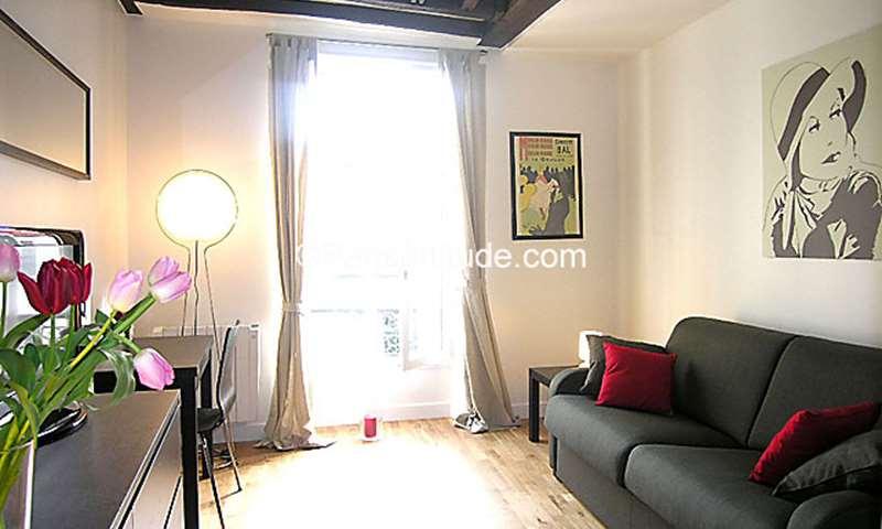 Rent Apartment Studio 21m² rue Amelot, 75011 Paris