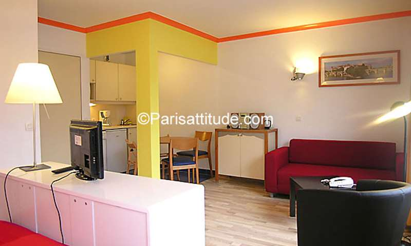 Rent Apartment Alcove Studio 32m² Cour du Septieme Art, 19 Paris