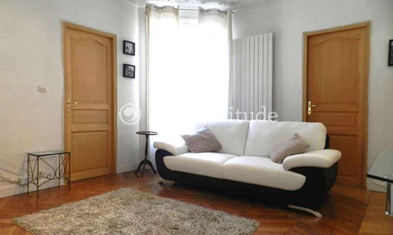 Rent Apartment 1 Bedroom 47m² rue de la Roquette, 75011 Paris