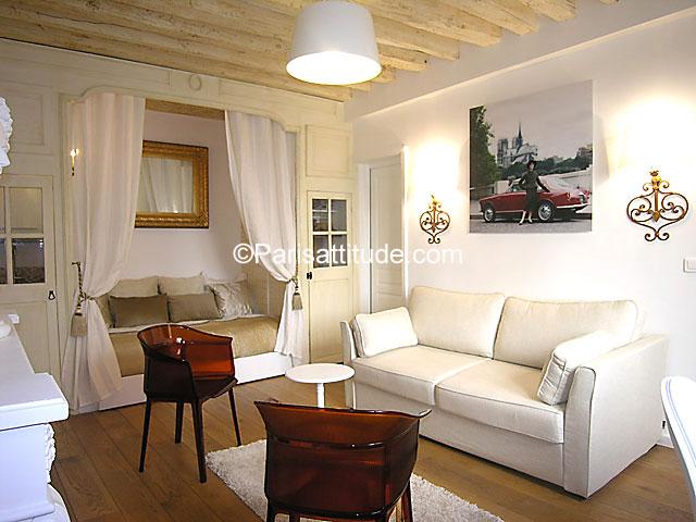 Rent apartment in paris 75004 35m ile saint louis ref for Alcove studio