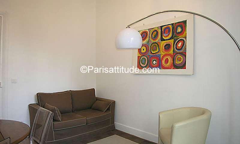 Location Appartement 1 Chambre 33m² rue Robert Fleury, 15 Paris