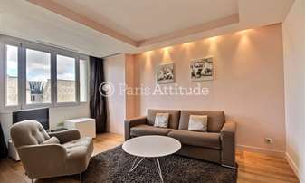 Rent Apartment 1 Bedroom 48m² avenue Matignon, 8 Paris