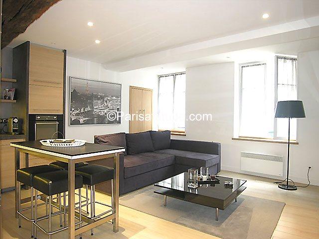 Rent furnished Apartment 1 Bedroom 55m² rue Mouffetard, 75005 Paris